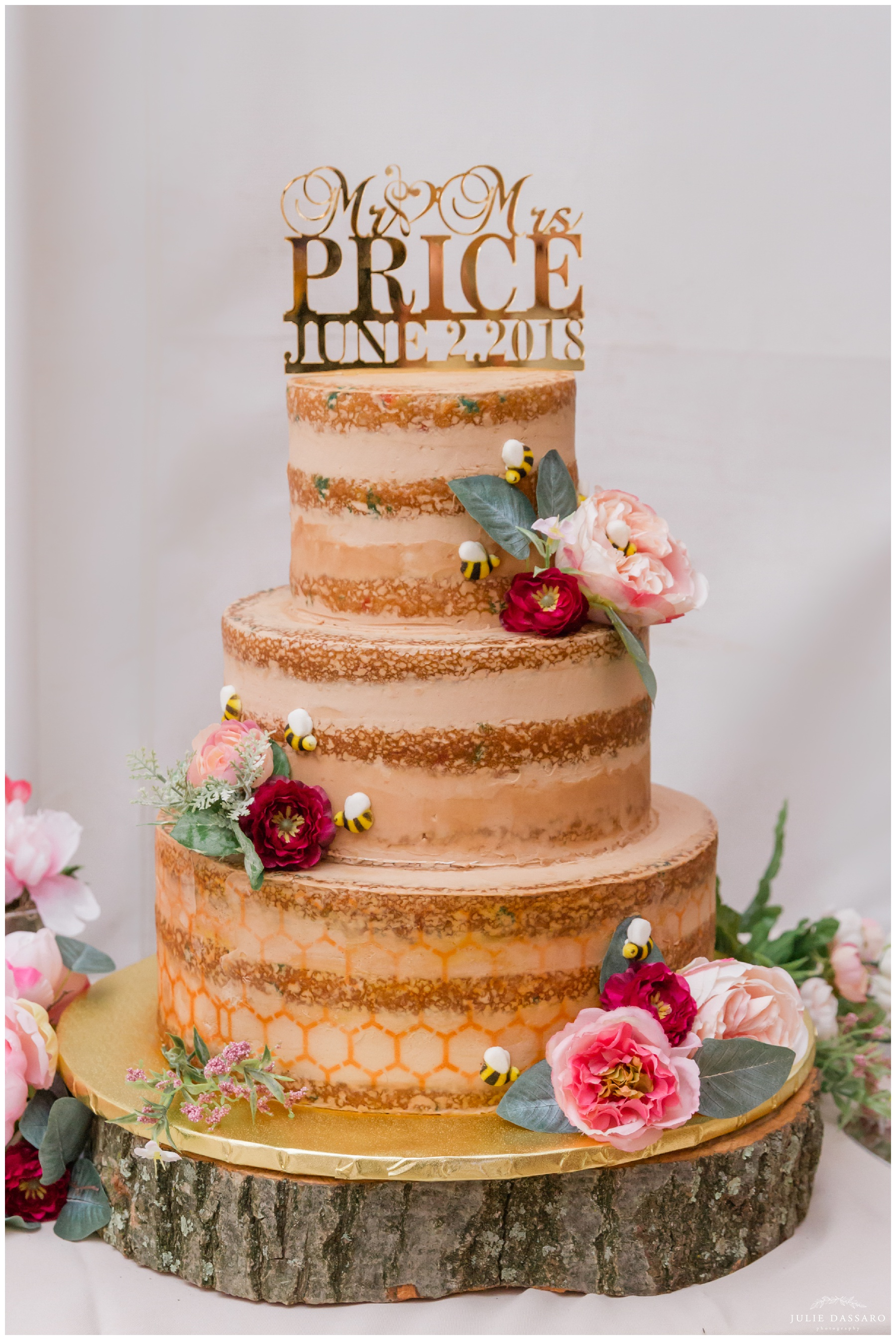 wedding cake honeycomb design