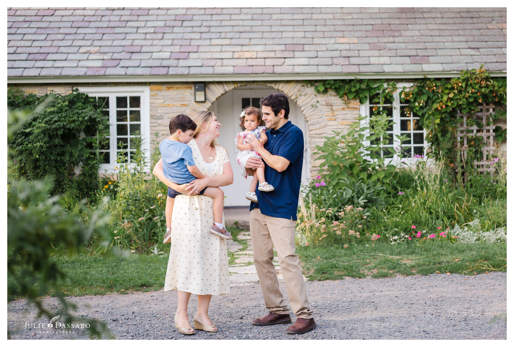 candid family photo by central NJ cottage